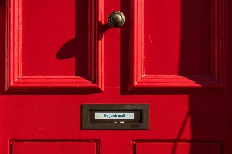 LIBRAESVA ha una risposta per ogni problema di  posta!